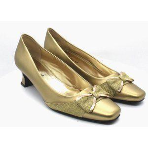 Easy Street Rejoice Bow Pumps Women's Shoes